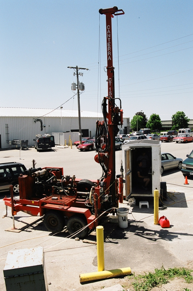 packer testing trailer and drill rig